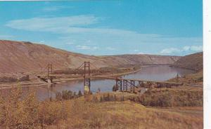 Dunvegan Bridge , Peace River , B.C. , Canada , 1960
