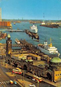 Germany Hamburg St. Pauli Landungsbrucken Busses Auto Cars Schiff Ship