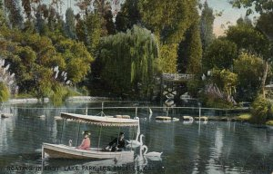 LOS ANGELES , California, 1910 ; Lost Lake Park