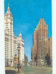 Unused Pre-1980 OLD CARS & SHOPS ON STREET Chicago Illinois IL n0435@
