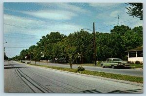 Postcard DE Rehoboth Beach North Along Bayard Avenue c1950s N14