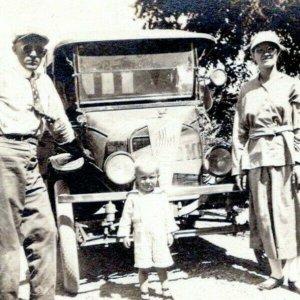 Vintage RPPC Real Photo Postcard 1910 Antique Car Man & Woman Driving Goggles MM