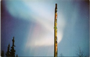 Northern Lights University of Alaska AK Totem Pole Aurora Borealis Postcard G17