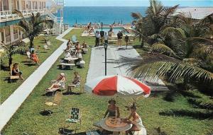 Pompano Beach Florida~Bathing Beauties by Ocean Pool~Seabonay Apts~1950s