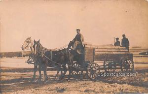 Horse and Carriage Triumph MN 1919