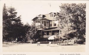 RP: Tally-Ho Inn , MUSKOKA, Canada , 20-30s