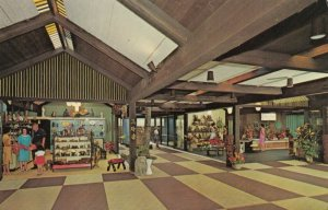 Kalapaki Beach , Hawaii, 1950-60s ; Arcade Shops , Kauai Surf Hotel