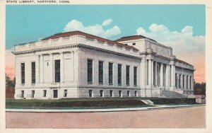 HARTFORD , CT  , 1910s ; University Library