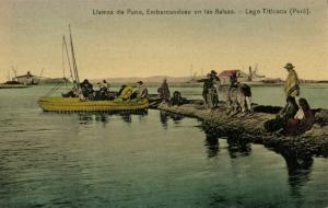 peru, Lago Titicaca, Llamas de Puno, Embarcandose en las Balsas (1910s) Postcard