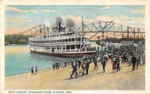 Clinton Iowa view of boat landing Mississippi River antique pc Z18462
