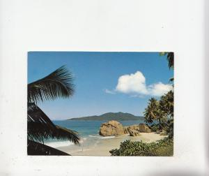 BF27153 beach scene la digue seychelles   front/back image