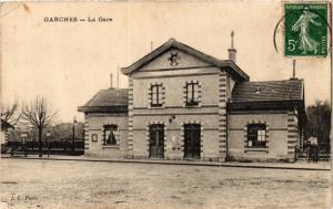 CPA AK Garches La Gare (413821)