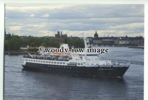 LN0232 - Clipper Cruise Line Liner - Clipper Adventurer , built 1975 - postcard