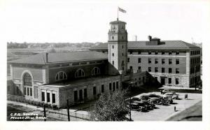 Canada - Saskatchewan, Moose Jaw. Canadian Pacific Railroad Depot    *RPPC