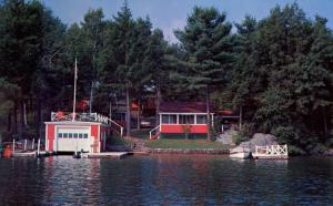 NH - Laconia. Bright Horizon Cottages on Lake Winnipesaukee