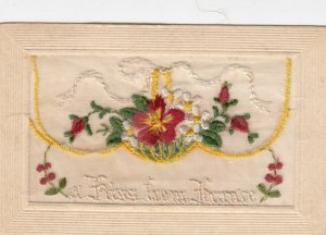 Embroidered A Kiss from France , 1914-18 ; Flowers