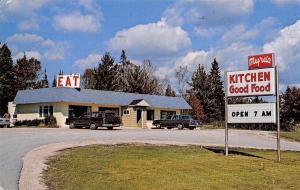 Manistique Michigan~Myras Kitchen~EAT~1970s Cars~1984 Postcard