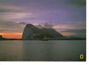 Postal 043729 : Gibraltar. The Rock by night. Bristish since 1804