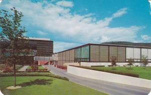 Rear view of The Corning Glass Center, Corning,  New York,   40-60s
