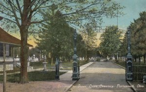 PORTSMOUTH , Ohio , 1911 ; Entrance to Green Lawn Cemetery