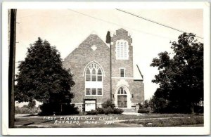 Richmond, Michigan RPPC Real Photo Postcard FIRST EVANGELICAL CHURCH 1952