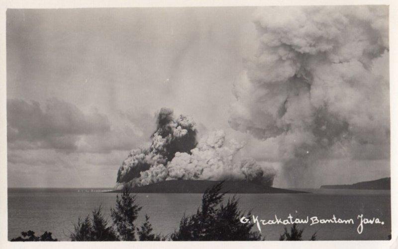 RP: JAVA , Indonesia , 1939 ; Emerging Volcano