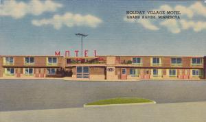 GRAND RAPIDS, Minnesota, 1930-1940's; Holiday Village Motel