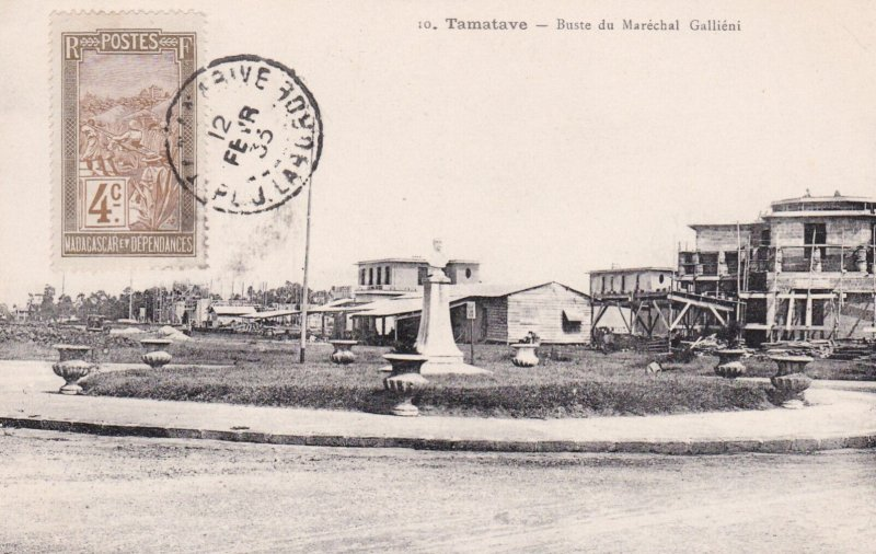 Tamatave - Buste du Marechal Gallieni , Madagascar , PU-1933