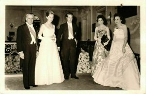 CPA AK Albert et Paola at a Party in 1960 BELGIAN ROYALTY (853585)