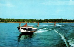 Missouri Ozarls Water Skiing On Lake Norfork