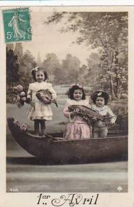 1er Avril April Fool's Day Children In Canoe Holding Fish