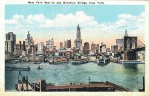 USA New York Skyline and Brooklyn Bridge New York 02.05