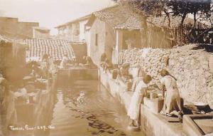RP: Women washing clothes , TAXCO , Gro. Mexico , 30-40s