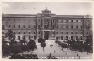 RP: TARANTO, , Puglia , Italy , 1910-20s ; Piazza Garibaldi e Palazzo di Gius...