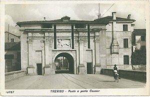 CARTOLINA d'Epoca - TREVISO Città: PORTA COVOUR