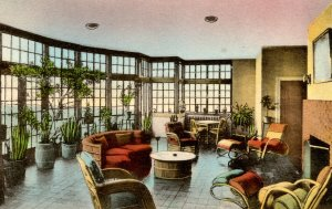 VA - Luray. The Mimslyn Hotel, Solarium