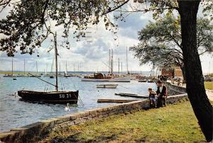 Lymington River, Hampshire Boats Bateaux Harbour Promenade