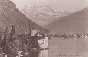 Switzerland Chillon et la Dent du Midi