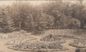 RP: REGINA , Sask. , Canada , 1900-10s ; C.P. Railroad Gardens