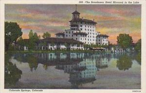 Colorado Colorado Springs The Broadmoor Hotel Mirrored In The Lake