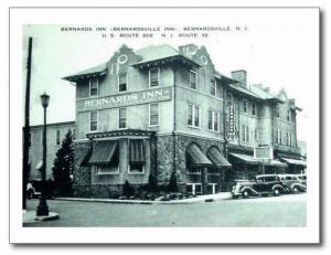 Bernards Inn, Bernardsville NJ Vintage REPRO Postcard R773401