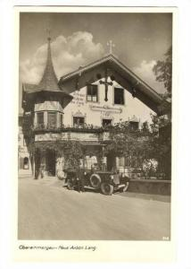 RP; Oberammergau - Passion play actor Anton Lang in front of his house, Germa...
