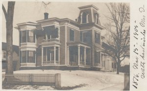 RP: KEENE , New Hampshire , PU-1905; A House in winter
