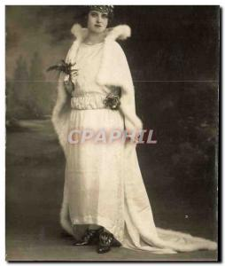 Old Postcard Female Queen of fashion