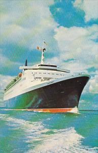 Cunard R M S Queen Elizabeth 2