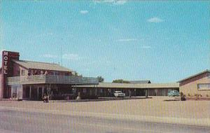 Texas Groom Golden Spread Motel