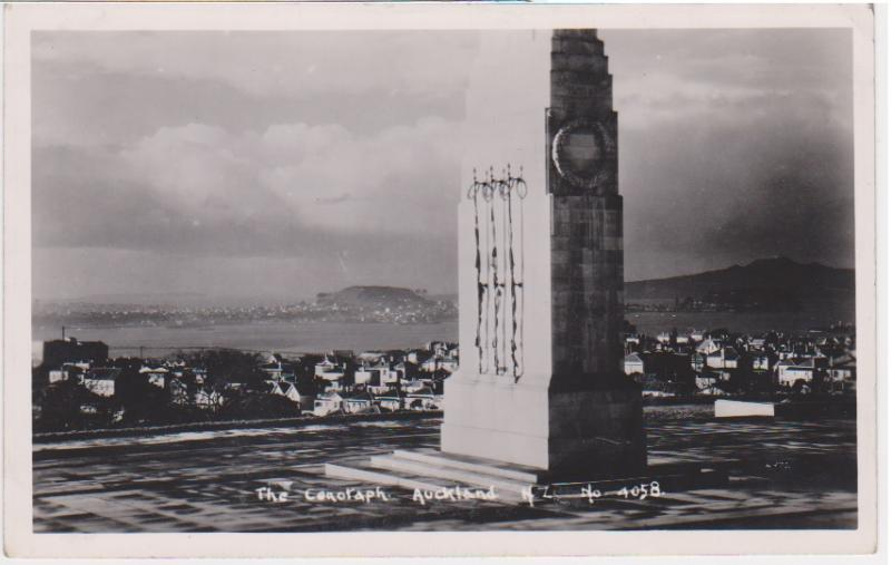 THE CENOTAPH AUCKLAND NEW ZEALAND