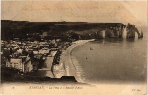 CPA ETRETAT-La Porte et l'Aiguille d'Aval (347726)