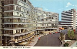 Vintage Postcard Approach to Piccadilly Station, Manchester N88