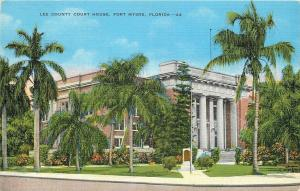 Fort Myers Florida~Lee County Court House~1940s Postcard